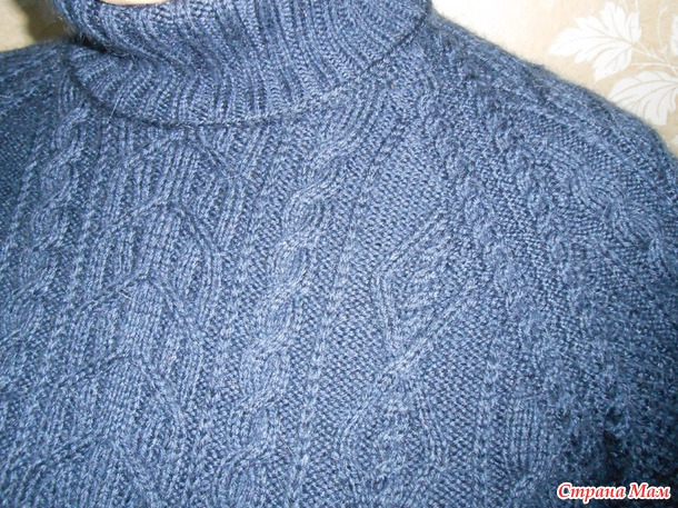 Вязание спицами мужского свитера регланом сверху 123