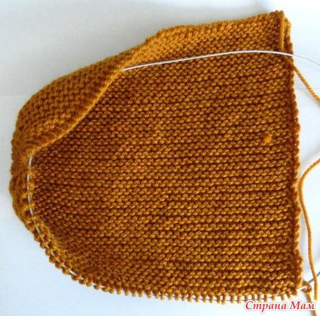 Шапка-бини поперечным вязанием укороченными рядами (без дырочек) спицами