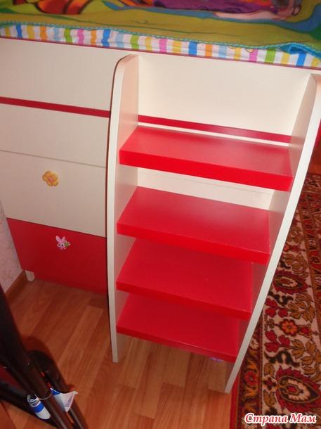 К процессу подбора продукции для детей, компания азбука мебели подходит максимально тщательно