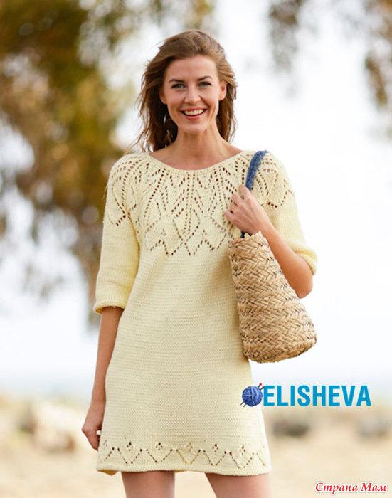 Короткое платье вязаное спицами