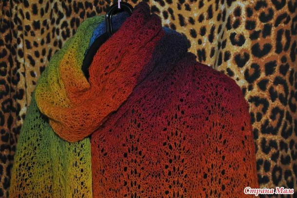 Осень не повод для грусти, осень это повод связать себе радужный шарфик!!!