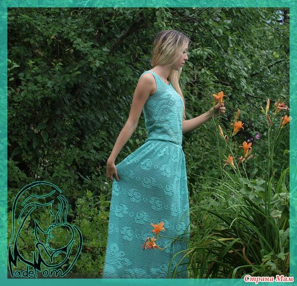 Платье с розами крючком