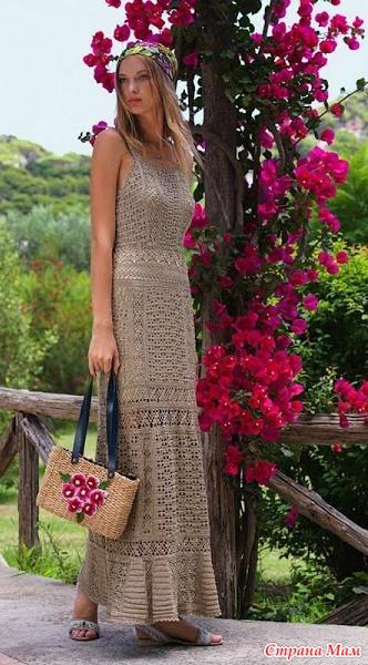 . Романтичное платье в пол от GIOVANA DIAS