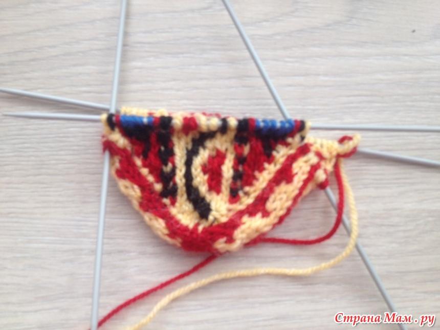Как начать вязание спицами шарфа