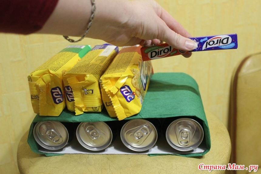 Подарки из банок пива своими руками 977