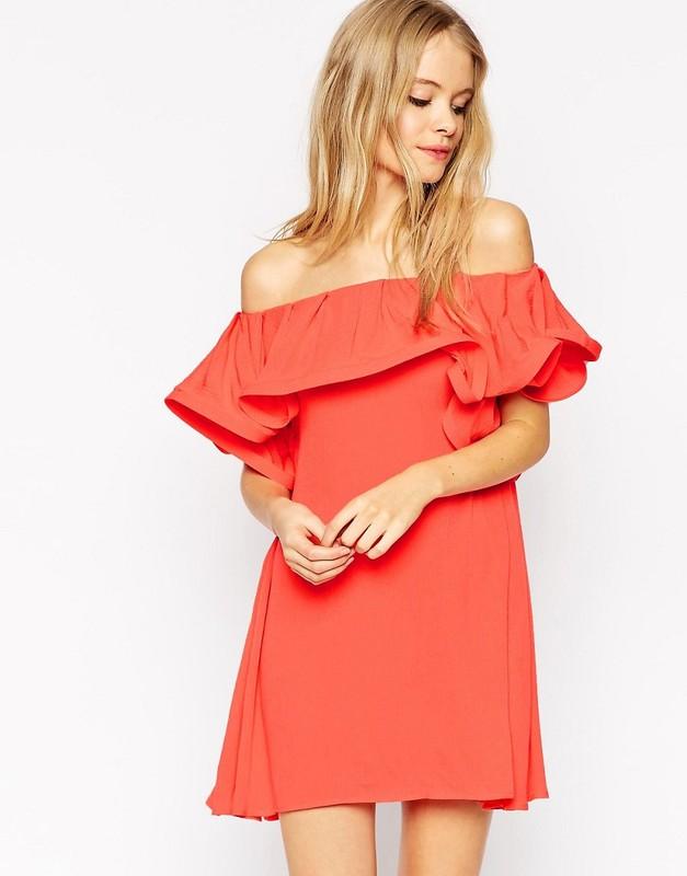 Отличие платья и сарафана