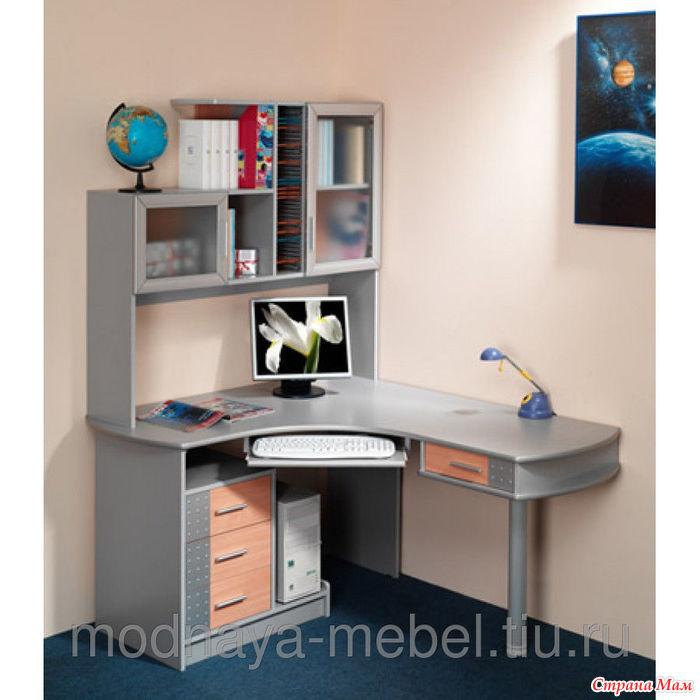 """Угловой компьютерный стол с тумбой и полочками ооо """"самая лу."""