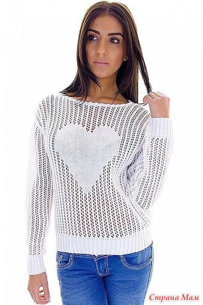 Ажурный пуловер с сердцем.