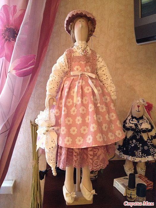 Подставка для куклы тильды