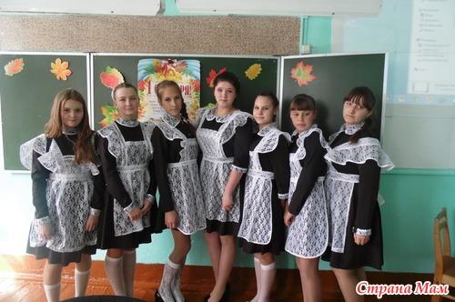 Русские девочки переодеваются в раздевалке школы видео фото фото 572-748