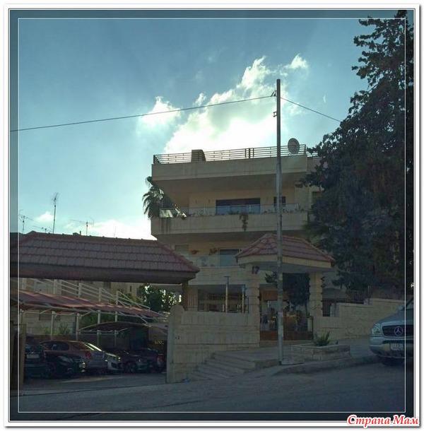Амман. Часть 2. О разнообразии в архитектуре. (Много фото)
