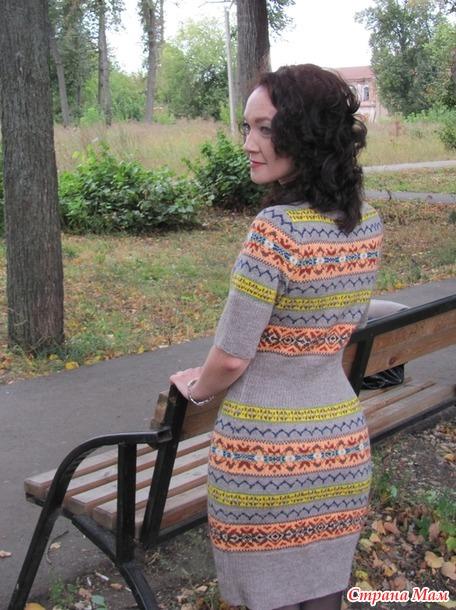 Жаккардовое платье из остатков пряжи