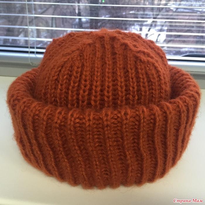 Как связать вот такую макушку у шапки спицами