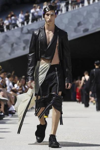 Этот мужской показ мод в Париже поразил даже самых стойких!