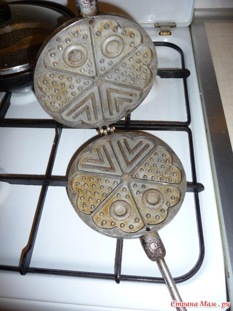 Печенье в форме на плите с фото