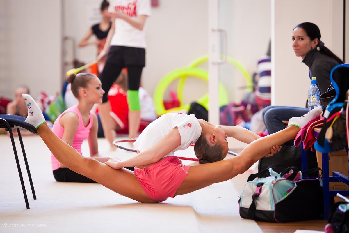 художественная гимнастика фото с тренировок домики есть