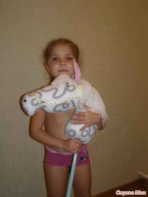 """Я люблю свою лошадку..."", или лошадь на палочке: хваст и мини-МК :)"