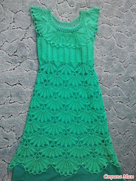 Моё изумрудное платье с веерами из он-лайна