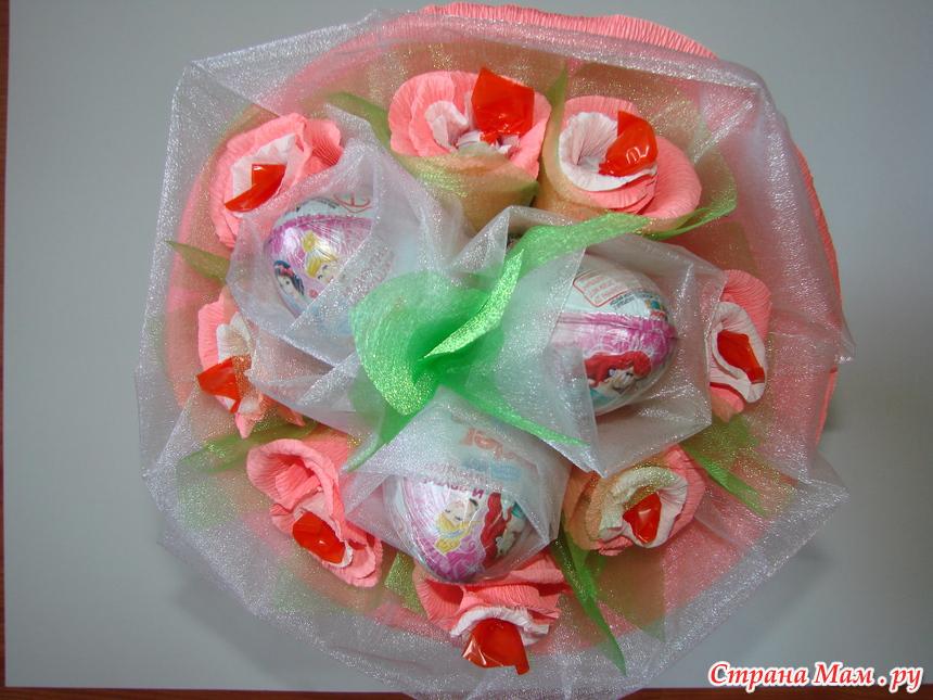 444236c0a121 Киндер букеты для маленьких принцесс. - Букет из конфет ручной ...