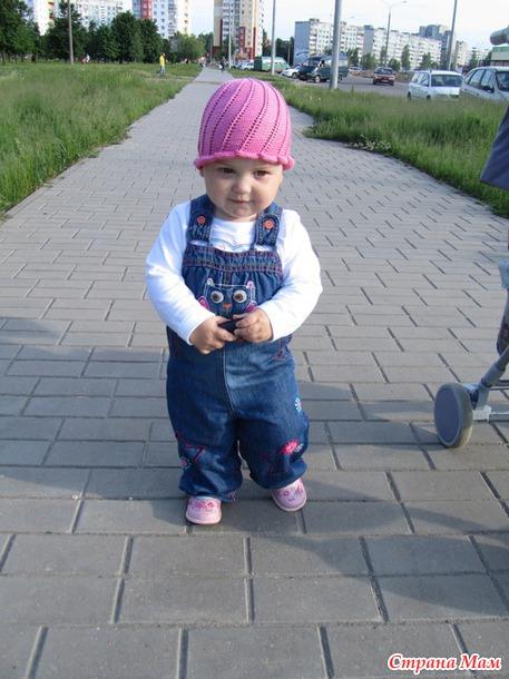 Шапочки для моей любимой доченьки)))