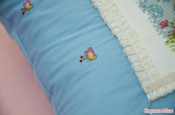 """Подушка с вышивкой """"Мишенька"""""""