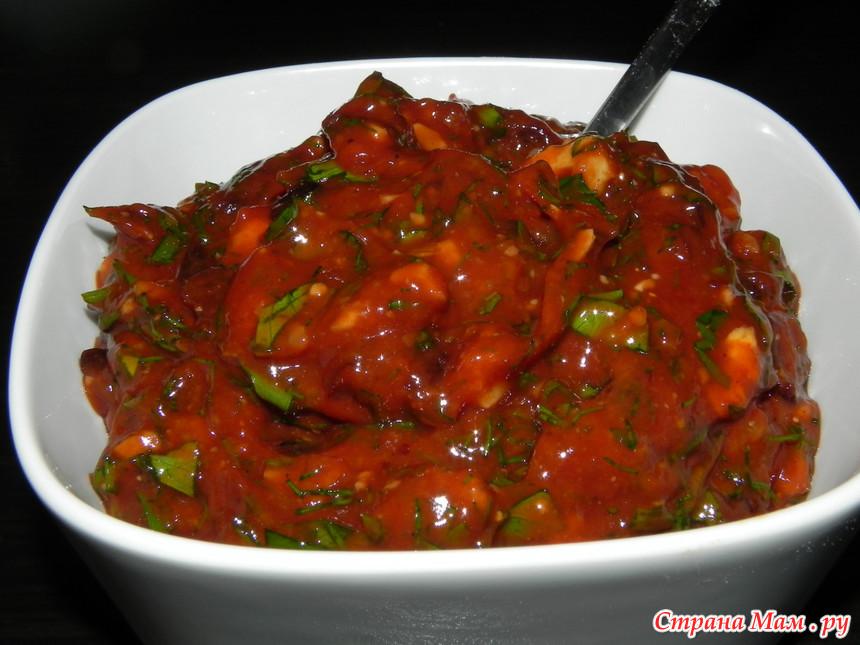 Подливка с мясом с томатным соусом