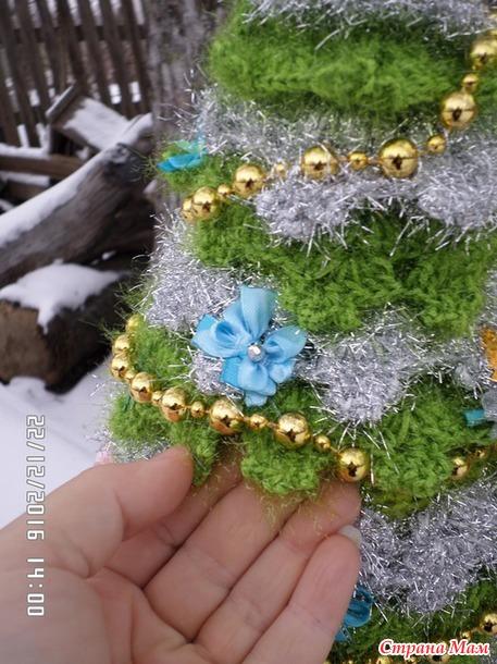 Новогодняя ель. Украина. ПЕТУШОК В ПОДАРОК