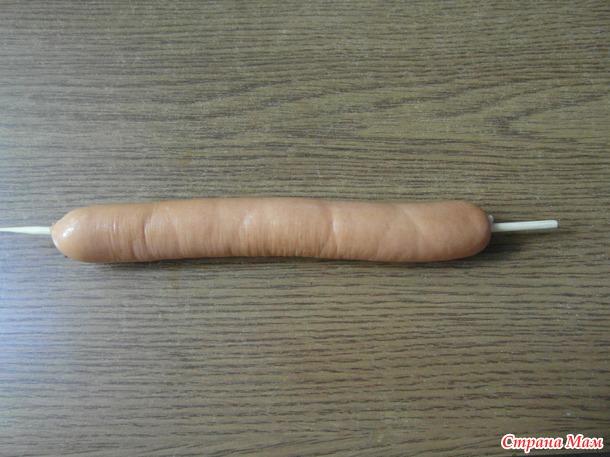 Тесто в сосиске...