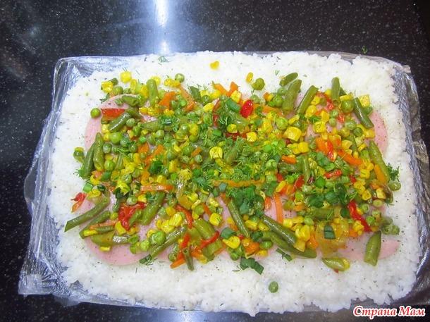 Рисовый рулет с ветчиной и овощами...