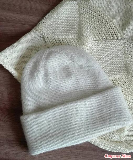 Пуловер с красивой косой
