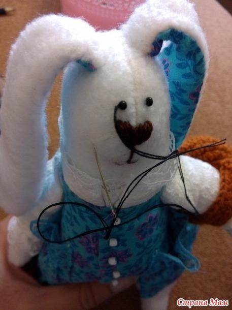 Пошив  зайца Тильды