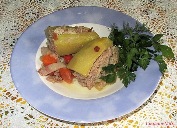 Перец фаршированный мясом.