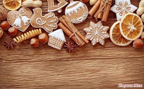 С Новым годом девочки! Оформляем ваш дневник!!! ( Пряничные домики, пряники, снежинки, рябина, фоны для дневника и обои для рабочего стола, календарь на рабочий стол на 2017 г.)