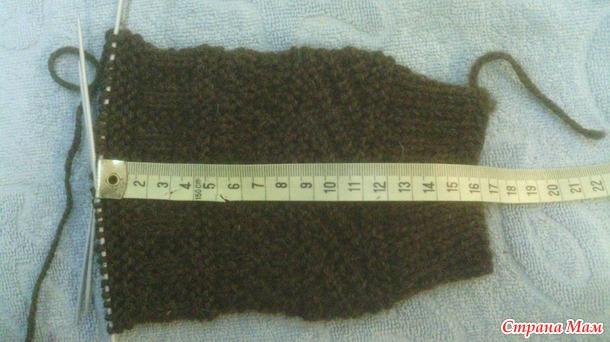 Мужские носочки с узором из лицевых и изнаночных петель