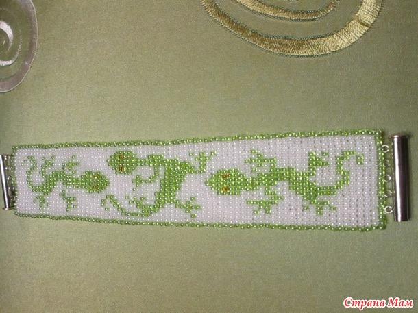 Браслет в технике ручного ткачества