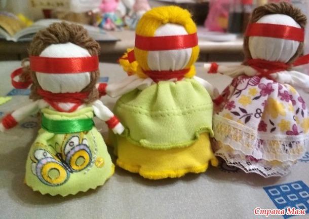 Обереговые куклы_колокольчик и кукла на счастье.