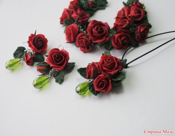 На улице снег, а на окошке розы