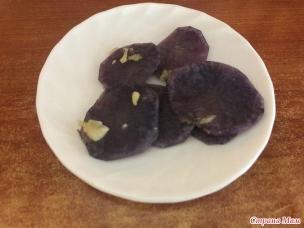 Картофель. Фиолетовый и не обычный.