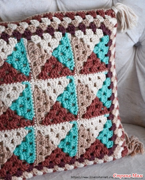 Подушки и коврик крючком (идеи из интернета)