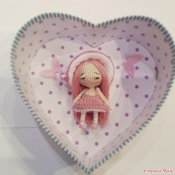 . куколка Карамелька