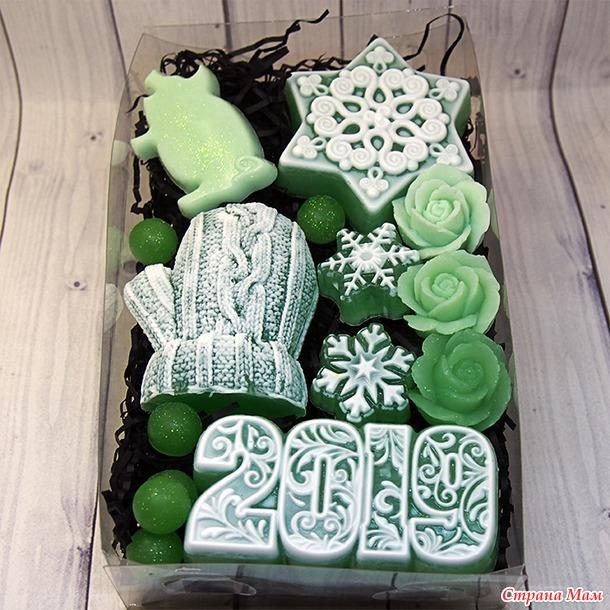 Зелененький новогодний набор.
