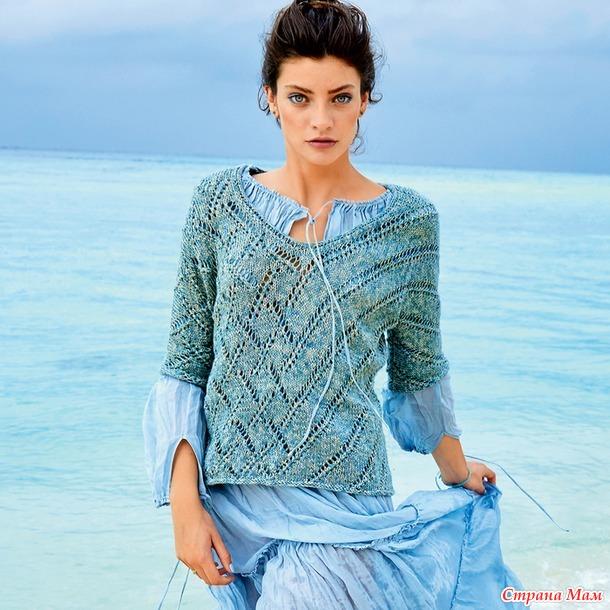Пуловер с ромбами и диагональными полосами.