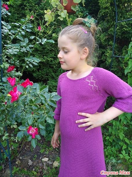 Два платья - для мамы и дочки...
