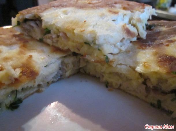 Сырные лепешки с начинкой.