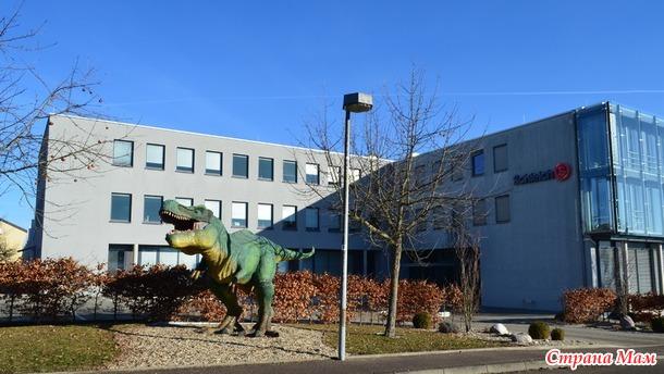 Динозавр с соседней улицы... или игрушки Schleich (Шляйх)