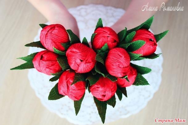Очень простой способ сделать тюльпаны из гофрированной бумаги