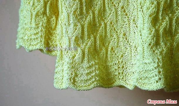 Ажурный пуловер жемчужным узором. Спицы.