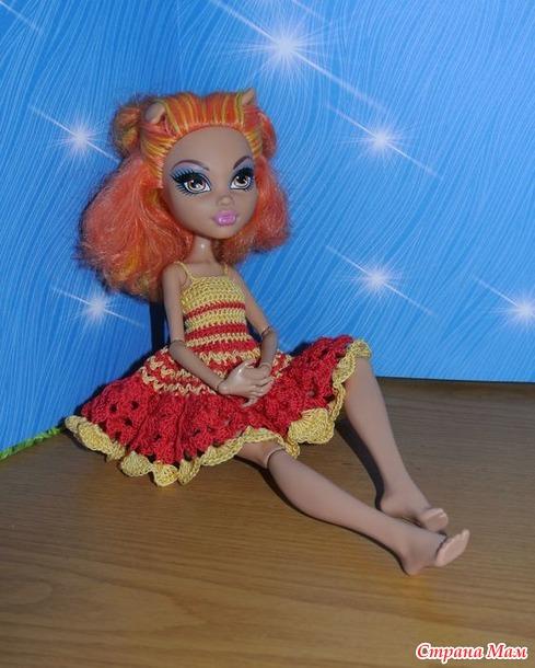 Обновки для разных кукол