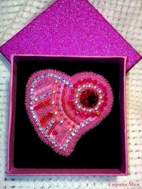 Сердце и лабутен (броши)