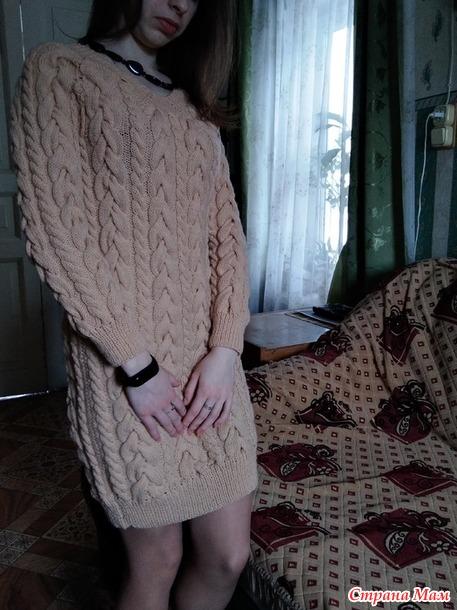 Теплое платье для дочурки